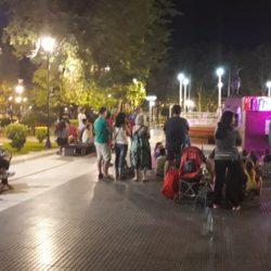 La Banda de los Títeres  en la plaza y gratis