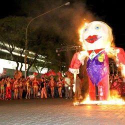 Carnaval en Pueblo Diamante