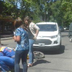 Motociclista herido al ser colisionado