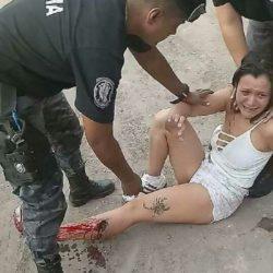 Mujer policía hirió a una mujer en un control de rutina