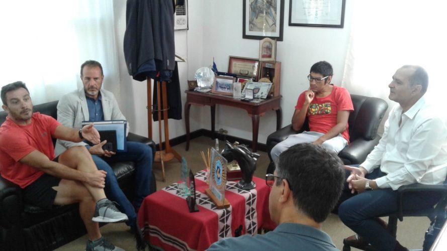 Munives y Mancinelli se reunieron por inseguridad en Senderos de Chacras