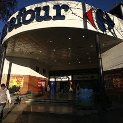 Carrefour en proceso preventivo de crisis y hay alerta por despidos