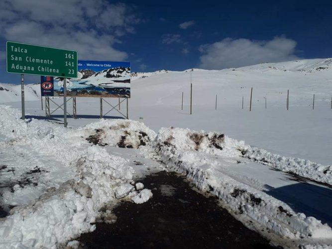 Paso Pehuenche con nieve