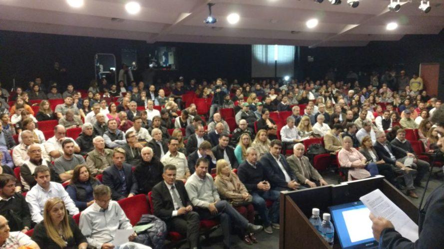 Amplia participación en la audiencia pública de Portezuelo del Viento