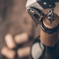 ¿Cómo guardar un vino ya abierto?