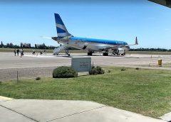 Fin de semana largo: Aerolíneas Argentinas transportará un 8% más de pasajeros