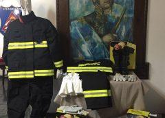 Entregaron equipos estructurales a los bomberos de Mendoza