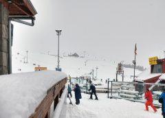 Nieva copiosamente en Las Leñas